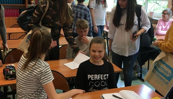 """O echipă de elevi și profesori de la Școala """"Gheorghe Țițeica"""", în vizită în Polonia - oechipadeprofesorititeica-1495100203.jpg"""