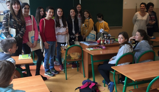 """O echipă de elevi și profesori de la Școala """"Gheorghe Țițeica"""", în vizită în Polonia - oechipadeprofesorititeica1-1495100221.jpg"""