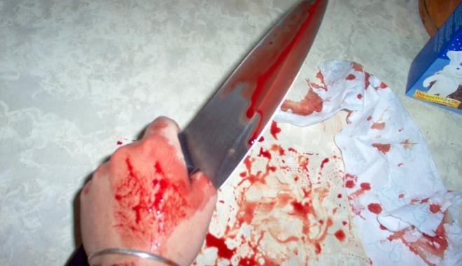 Foto: O femeie  şi-a înjunghiat soţul,  la Cernavodă