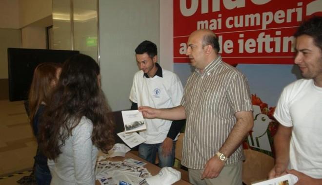 """Foto: Caravana Universităţii """"Ovidius"""", la Maritimo"""