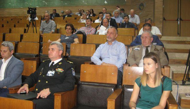 Ofițerii de marină vor fi pregătiți în domeniul securității cibernetice - ofiteriidemarina3-1528387986.jpg