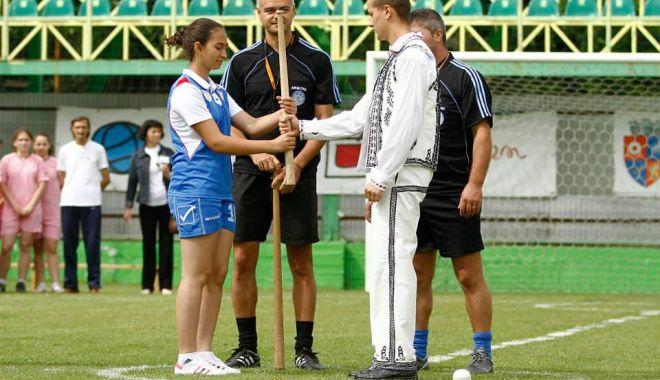 Oină / Decizie importantă pentru sportul nostru naţional. La orizont, lista UNESCO! - oina-1603462501.jpg