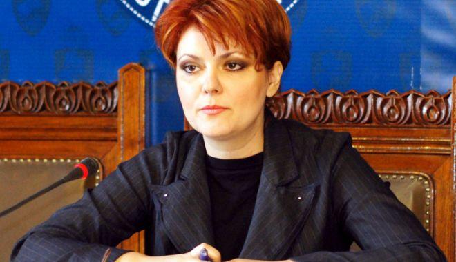 """Foto: Ministrul Muncii, Lia Olguța Vasilescu: """"Vom majora salariul minim de la 1 ianuarie 2019"""""""