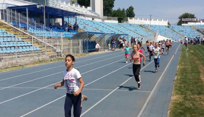 Cine sunt elevii-atleți premianți - olimpiadacinesunt3-1433785024.jpg