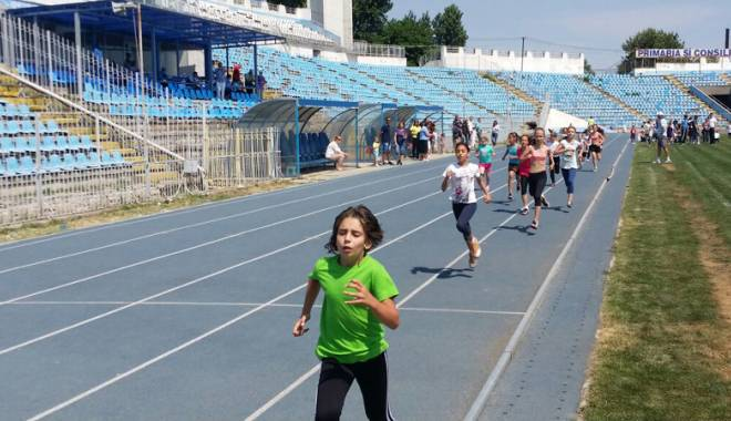 Cine sunt elevii-atleți premianți - olimpiadacinesunt5-1433785044.jpg