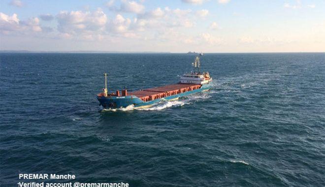 Foto: O navă a cerut ajutorul în timp ce tranzita Canalul Mânecii
