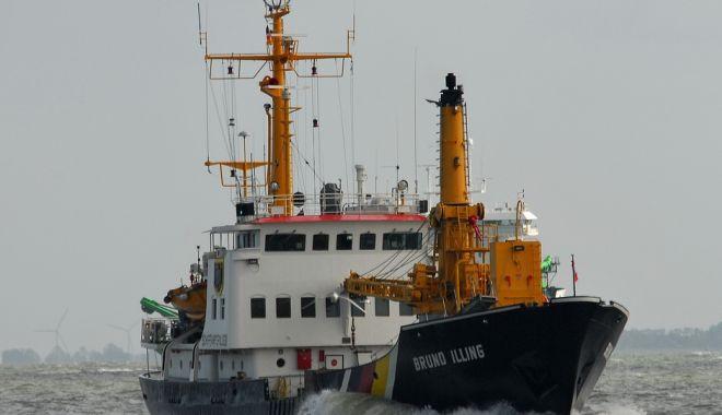 Foto: O navă de servicii portuare a eșuat pe coasta Germaniei