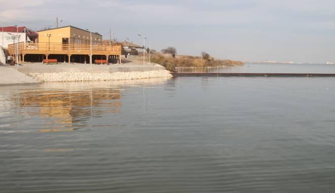 Foto: O nouă investiţie în oraşul Ovidiu. Se inaugurează debarcaderul de pe lacul Siutghiol