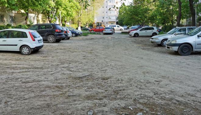 O nouă parcare, amenajată pe strada Dionisie cel Mic - onouaparcare-1620299500.jpg