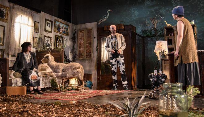 """Foto: """"Billy Şchiopul"""", un spectacol care poate rivaliza cu marile producţii teatrale din ţară"""