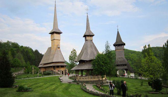 Bisericile de lemn din România vor putea fi vizitate în Ruta Cultural Turistică - onouarutaturistica-1603815557.jpg