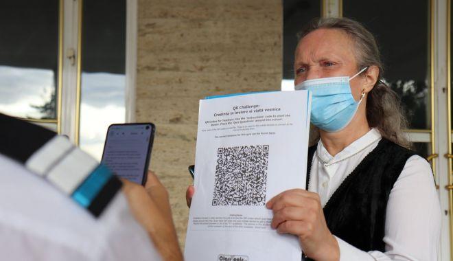 """Foto: O oră """"altfel"""", în pandemie, la Colegiul Naţional Militar """"Alexandru Ioan Cuza"""""""