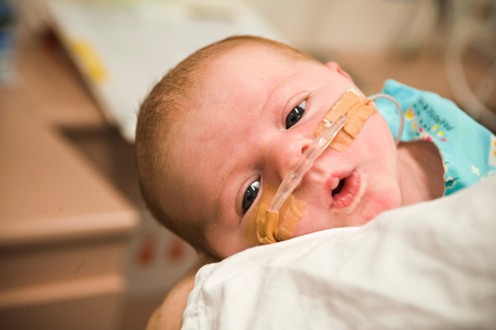 Foto: Operaţii gratuite pentru bebeluşii  cu malformaţii congenitale