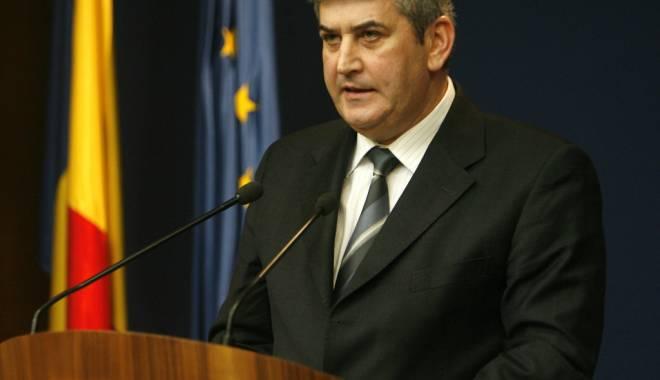 Foto: Oprea: Voi sprijini propunerea lui Iohannis pentru șefia SIE