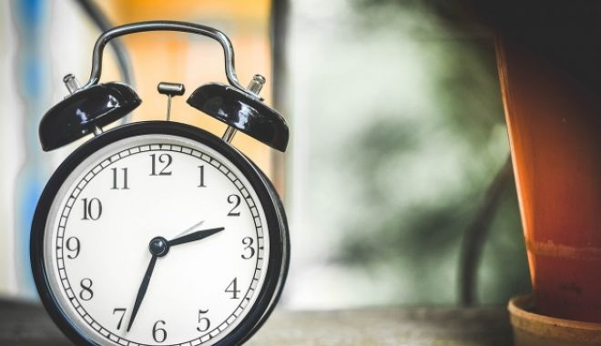 Foto: În weekend trecem la ORA DE VARĂ 2019! Cum trebuie să fixam ceasurile?