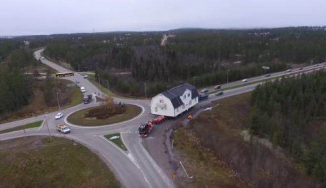 Foto: VIDEO. Oraş dispărut de pe hartă, după ce a fost mutat casă cu casă