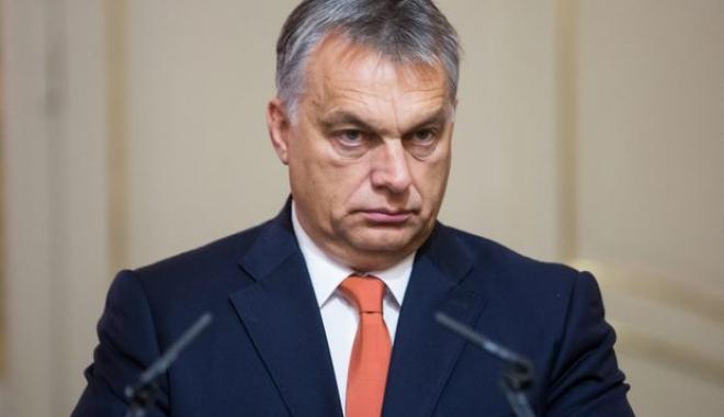 Incidente la discursul lui Viktor Orban de la Tușnad. O protestatară, agrestă și evacuată - orban-1500755004.jpg