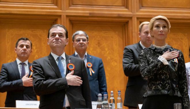 Foto: Guvernul Orban A FOST ÎNVESTIT