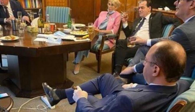Foto: Poliția i-a amendat pe toți miniștrii din fotografia de la aniversarea lui Ludovic Orban