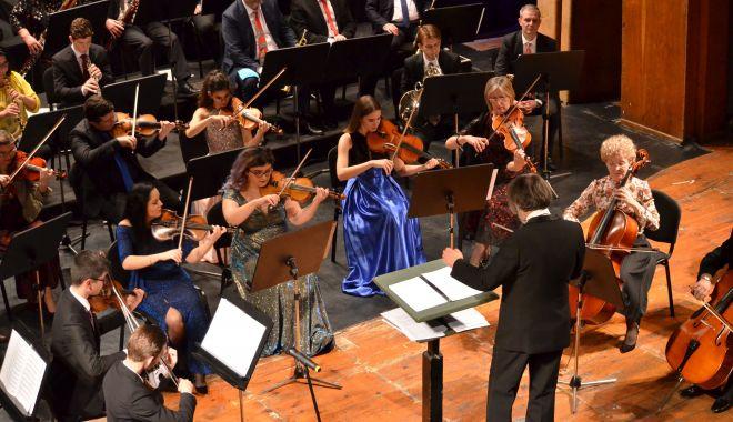 """Foto: Universitatea """"Ovidius"""" are prima orchestră din centrul și estul Europei"""