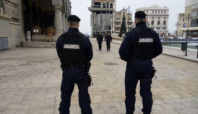 Foto: Peste 70 de jandarmi, în misiune la Constanţa