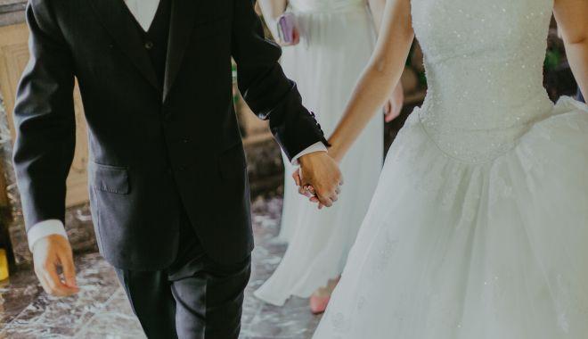 Vrei să ai o petrecere de vis la care să te şi distrezi? Apelează la servicii de organizare nuntă! - organizarenunta-1626952694.jpg