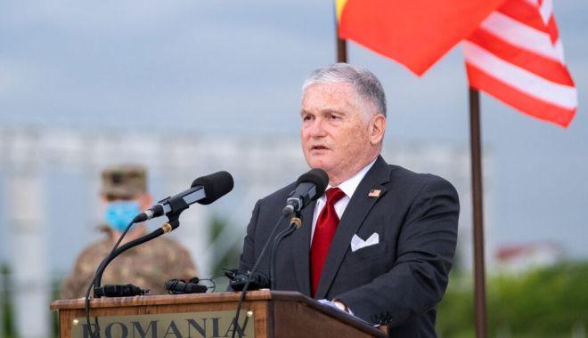 Ambasadorul SUA: Multe persoane din afară încearcă să submineze democraţia României - originalgovrt98701024x683-1603388364.jpg