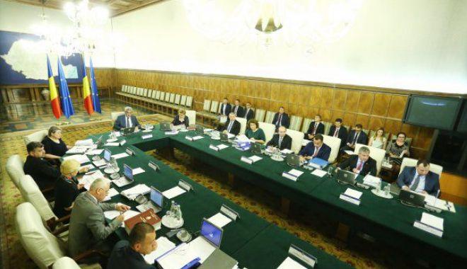 Foto: Viorica Dăncilă anunţă evaluarea tuturor miniştrilor: Vom face o analiză a îndeplinirii programului de guvernare