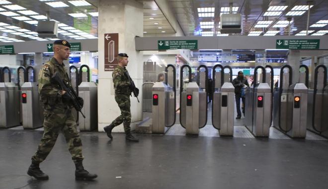 Foto: UPDATE / ALERTĂ PE AEROPORT! BĂRBAT ÎMPUŞCAT, după ce i-a luat arma unui militar