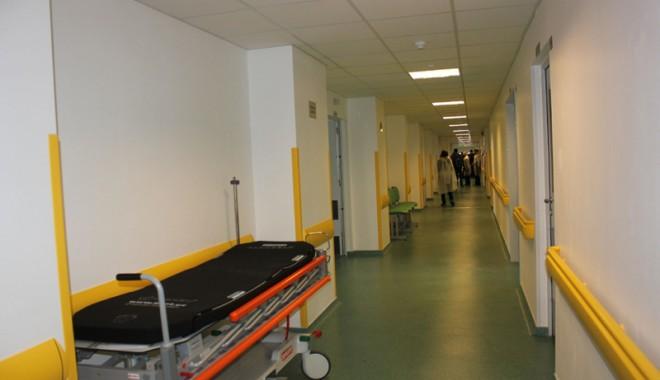 Cea mai modernă secţie de ortopedie din ţară s-a inaugurat la Constanţa - ortopedie4-1332950612.jpg