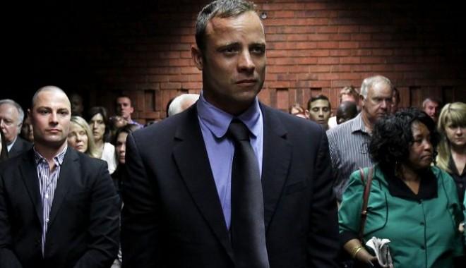 Foto: Pistorius, acuzat că a luat lecţii de actorie ca să impresioneze judecătorul