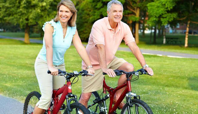 Lipsa activităţii fizice creşte riscul de osteoporoză. Care sunt cele mai vulnerabile zone