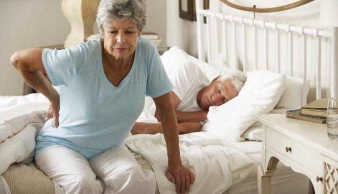 Foto: Osteoporoza vă poate distruge oasele. Ce puteţi face