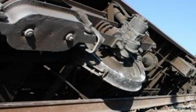 Foto: Încă un tren a deraiat. Traficul feroviar s-a desfășurat cu dificultate