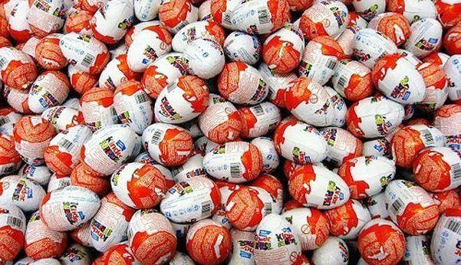 Foto: Ouă de ciocolată cu surprize,  confiscate în Portul Constanţa Sud Agigea