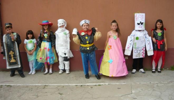 Foto: Sărbătoare la Şcoala Gimnazială numărul 1 Poarta Albă