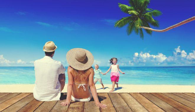 Foto: Ministerul Turismului și ANAT caută soluții pentru garantarea pachetelor turistice