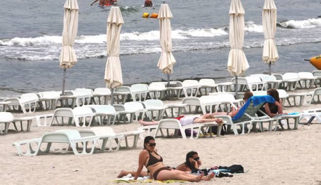 Foto: Pachete turistice cu TVA redus şi vouchere de vacanţă - salvarea litoralului în 2015