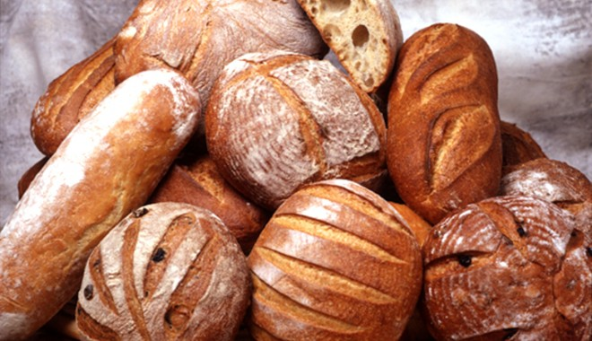 Foto: ANPC. De astăzi pâinea nu mai poate conţine coloranţi