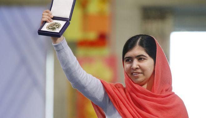 Pakistan: Malala Yousafzai, laureată a premiului Nobel pentru Pace, a revenit în oraşul natal - pakistanmalalayousafzai-1522579692.jpg