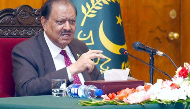 Foto: Pakistan: Preşedintele Mamnoon Hussain  a aprobat data alegerilor