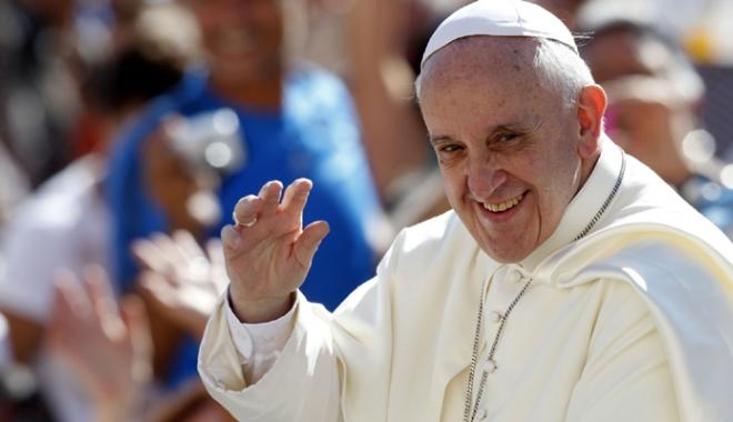 Foto: Papa Francisc a vorbit despre vizita în România