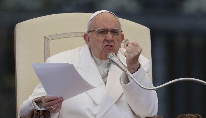 Foto: Papa Francisc, predică referitoare  la toleranţa faţă de refugiaţi