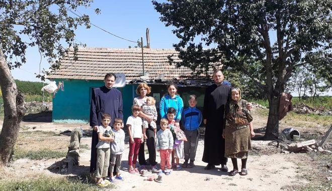 Daruri de la Arhiepiscopie pentru nevoiași - papucisursabiserica-1594662925.jpg