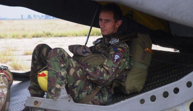 RIP, caporal Cristinel Jianu. Ultima paraşutare: un an de la tragedia de la Clinceni - para3-1525940828.jpg