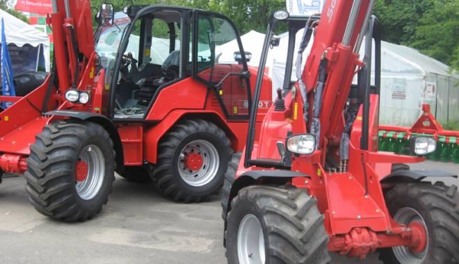 Parada mașinilor și utilajelor agricole, la EXPOAGROUTIL - paradaexpoagroutil12-1432829931.jpg