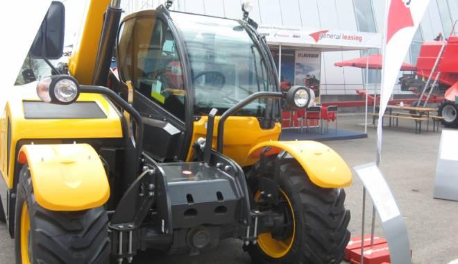 Parada mașinilor și utilajelor agricole, la EXPOAGROUTIL - paradaexpoagroutil13-1432829938.jpg