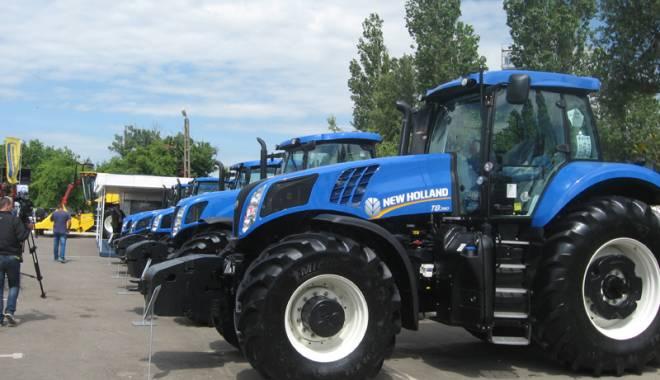 Parada mașinilor și utilajelor agricole, la EXPOAGROUTIL - paradaexpoagroutil25-1432830071.jpg