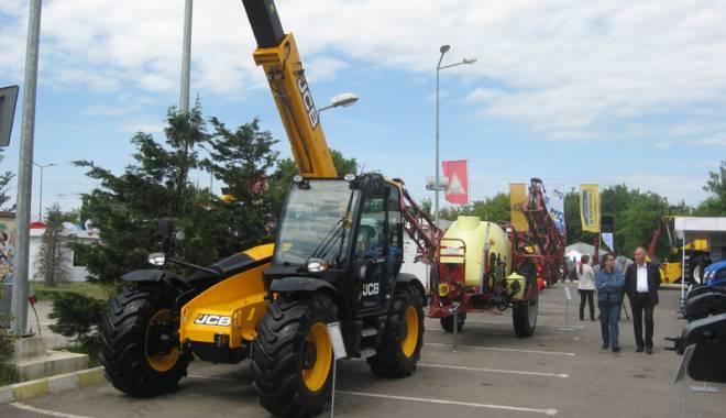 Parada mașinilor și utilajelor agricole, la EXPOAGROUTIL - paradaexpoagroutil28-1432830100.jpg