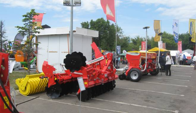Parada mașinilor și utilajelor agricole, la EXPOAGROUTIL - paradaexpoagroutil29-1432830110.jpg